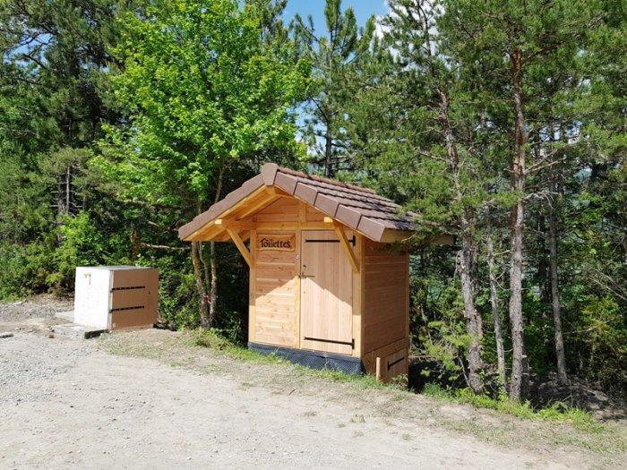 Une nouvelle toilette sèche à Monteynard