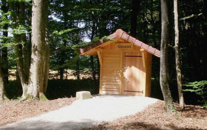 La toilette sèche de Marlioz vue de l'avant